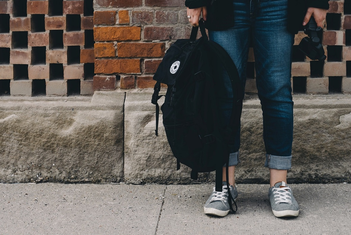 Supporting estranged students to progress to competitive universities